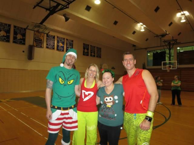 L-R: Mr. Cupcakes, Zumba Barbie (erm, Vicki), Me, Zumba Ken (aka Mike @ www.zumbamike.com)